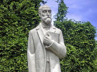 La vida del prócer, Eugenio María de Hostos
